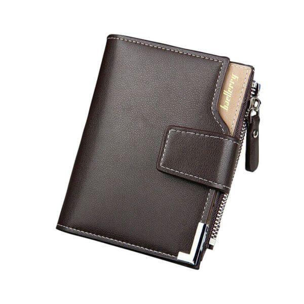 Foto de presentación de billetera de bolsillo elegante con broche y monedero de cuero PU mostrando su variación en color café