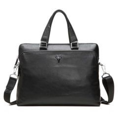 Foto de presentación de maletín clásico urbano ejecutivo de cuero natural en color negro