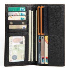 Foto que detalla la vista de capacidad frontal de la billetera larga clásica bifold de cuero natural en color negro.
