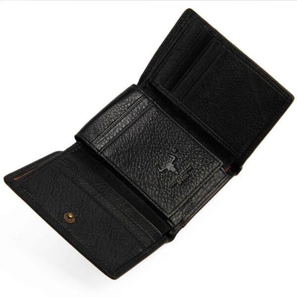 Foto de billetera clásica trifold de cuero natural mostrando su vista interior de tarjeteros en color negro