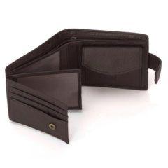 Foto de billetera horizontal clásica con broche y monedero de cuero mostrando vista de parte interior en color café