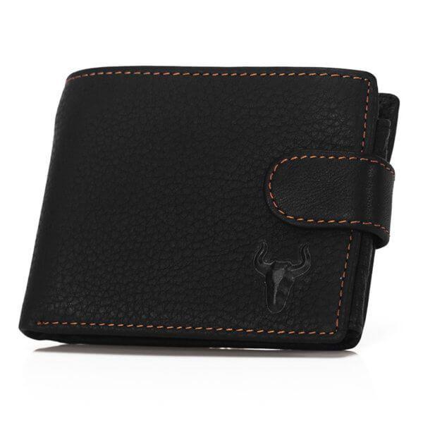 Foto de presentación de billetera horizontal clásica con broche y monedero de cuero natural color negro