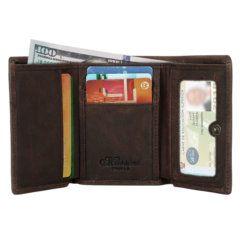 Foto de billetera trifold vintage de cuero natural mostrando su vista frontal con su maxima capacidad de almacenamiento en color café