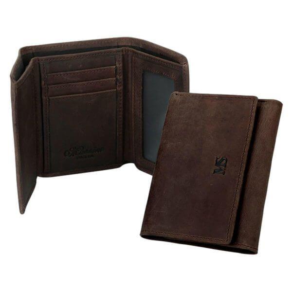 Foto de presentación de billetera trifold vintage de cuero natural mostrándose abierta y cerrada en color café