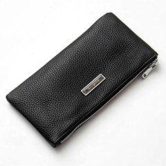 Foto de presentación de billetera larga con cierre y portacelular de cuero natural en color negro