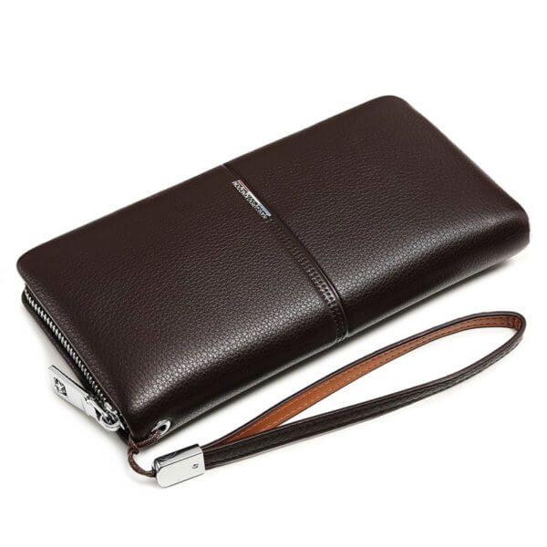 Foto de billetera larga ejecutiva premium con cierre de cuero natural en color café mostrando una vista diagonal
