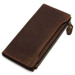 Foto de presentación de billetera larga vintage bifold con cierre de cuero natural en color café