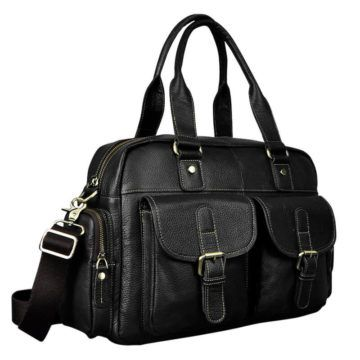 Foto de maletín morral clásico urbano viajero de cuero natural mostrando una vista diagonal en color negro