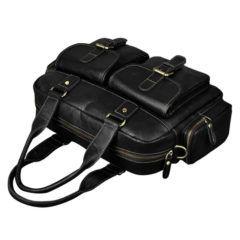 Foto de maletín morral clásico urbano viajero de cuero natural mostrando una vista superior frontal en color negro